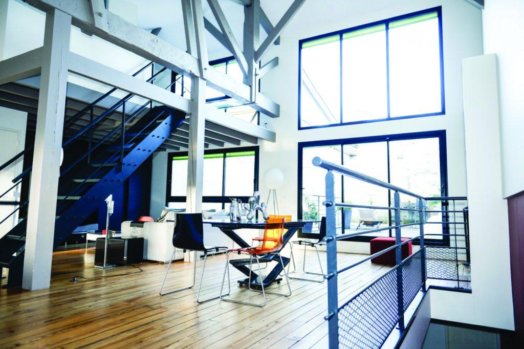 agrandir sa maison en hauteur gallery of avant aprs. Black Bedroom Furniture Sets. Home Design Ideas